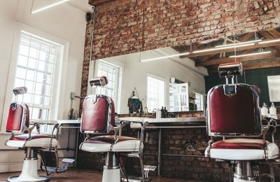 What's the Difference Between a Beauty Bar and a Salon? Find out Here!