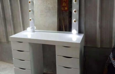 Hot Sale Classic French Style Makeup table With Lights